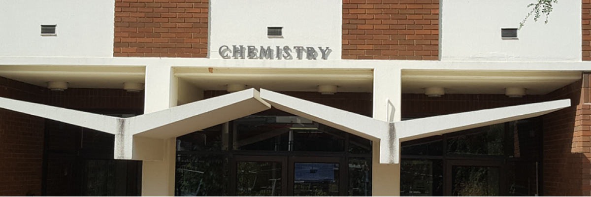 front entrance of UGA chemistry building